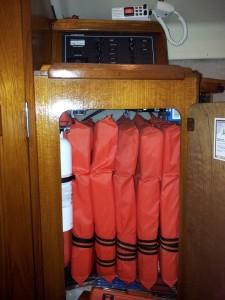 Hanging Locker - Full